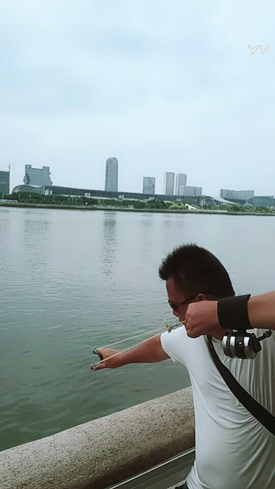 户外捕鱼范哥视频直播全集_户外保险范哥捕鱼骂的视频图片