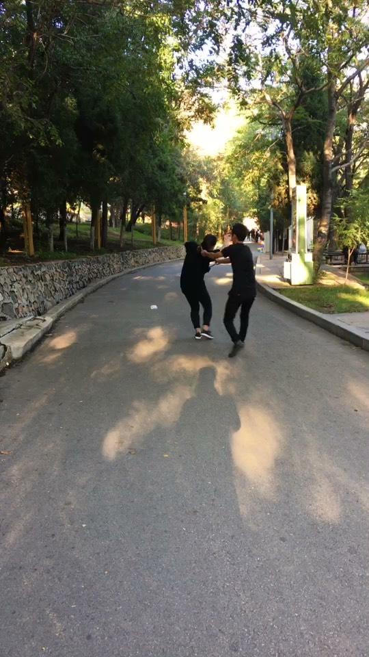 官方腿视频直播刘一_刘一腿资料大全-YY视频不徐韶蓓雅姐全集港图片