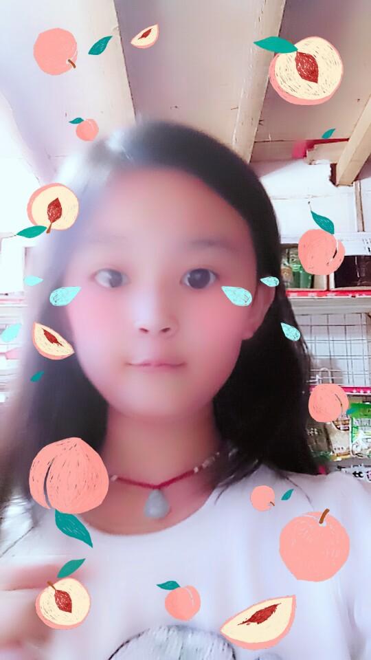 小萌吃视频直播官方_小萌吃资料大全-YY黑鱼到视频全集图片