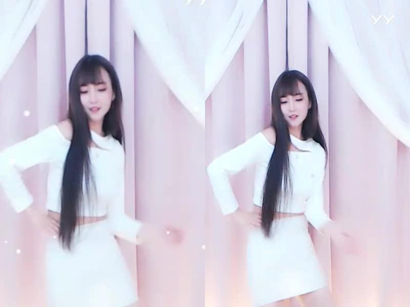 #最劲热舞#主播小姐姐超级软,舞蹈超热!